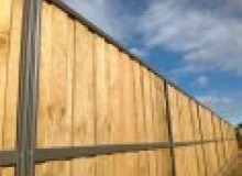 Kwikfynd Lap and Cap Timber Fencing abercorn