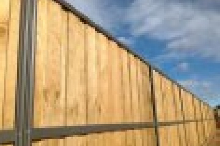 Farm Fencing Lap and Cap Timber Fencing 720 480